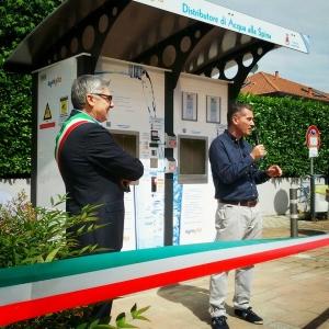 Antonio Patera e Danilo Rivolta all'inaugurazione della Casa dell'Acqua di Lonate Pozzolo